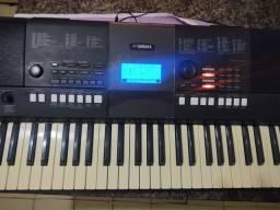 TECLADO Yamaha PSR e423