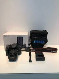 Canon EOS Rebel T7i + lente 18-55m + bolsa + tripé + carregador