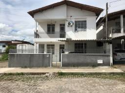 Casa  3/4 com garagem na Quitandinha