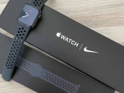 Apple Watch serie 5 44mm NIKE EDITION