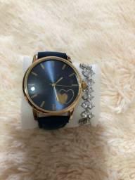 Vendo relógio feminino /resistente à água