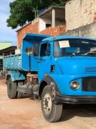 Caminhão caçamba 1113 mercedez 74
