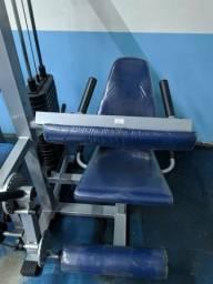 Equipamentos tubulares de musculação com ótima biomecânicas