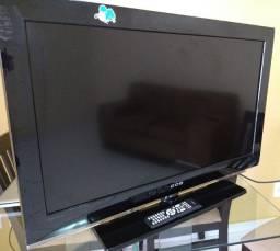 "Tv LCD 37"" 'CCE - D37 stile"