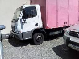 Caminhão 915. C