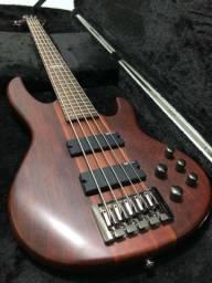 Baixo 5 cordas (LD5 ? Baixo ESP LTD D-5)