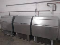 Alugamos máquinas de gelo em cubo Everest 150kg