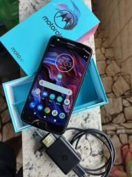 Smartphone Moto x4. 32g - 450$