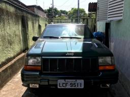 Cherokee 98 V8 5.9