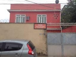Casa com 3 quartos no centro de Miguel Couto