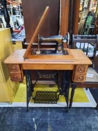 Maquina Singer Antiga R$ 830,00