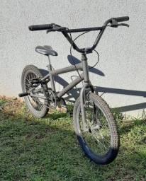Bike BMX Mormaii Aro 20 Freio V-Brake