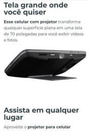 """Moto Snap Projetor, 70"""" nítido, novíssimo"""