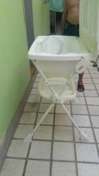 Banheira para bebê muito nova