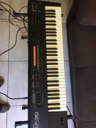Teclado Roland XP30
