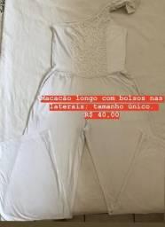 Macacão longo com bolsos