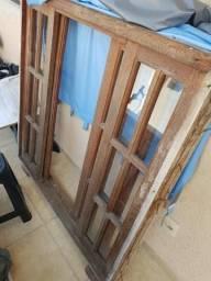 Janela de madeira maciça 1,20x1,20