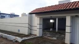 Alugo casa dúplex na praia do Icaraí há 03 ruas da Avenida Central