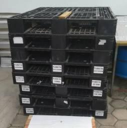 Pallets de Plastico 110 x 130 cm