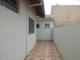 Quarto e Cozinha nos fundos próximo a santa Casa