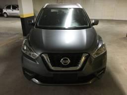 Nissan kicks 2017 sl top + couro