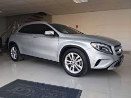 Mercedes Benz GLA 200 1.6 C.G.I Advance 16V Turbo 4p