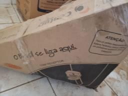 Antena nova, na caixa.