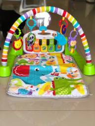 Tapete de Atividades Fisher-Price Deluxe Kick & Play Piano Gym
