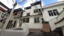 Rua Goulart - Casa de Vila - 01 Vaga - Terraço em toda extensão - Saeñs Pena - FVC419
