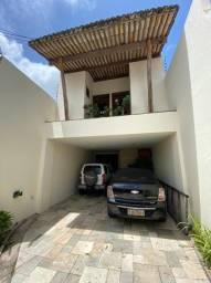 Oportunidade/ Casa Residencial e Comercial na Av Romualdo Galvão