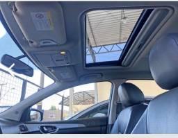 Nissan Sentra 2014 SL com teto