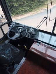 Ônibus comil 93
