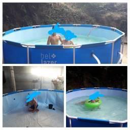 Vendo de barbada piscina 10000 completa com filtro e escada
