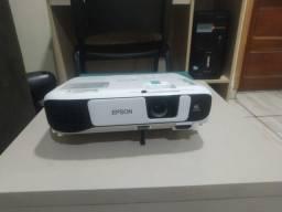 Projetor Epson Powerlite S41+ 800x600 - 3300 lumens 3LCD, HDMI, USB