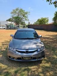 Título do anúncio: Honda civic LXL completo câmbio manual 2011