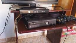 Xbox 360 desbloqueado + Kinect + 2 controles + 10 jogos