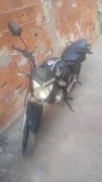 Vendo moto 150 ( ta parada )