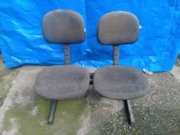 Cadeira com 02 assentos - peça única