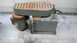 Bomba De Vácuo Industrial Óleo Usada Motor 1/2 Cv Monofásico