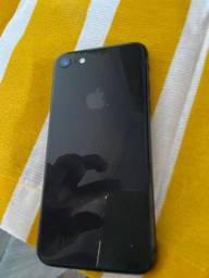 iPhone 8 64 g troco por  um PS4