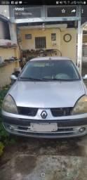 Vendo Renault Clio (Leia a descrição completa)