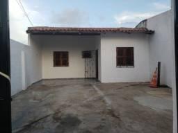 Vendo casa com 2 quartos sendo um suite em Paracuru