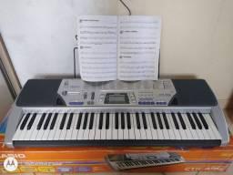 Vendo teclado da casio top funciona todos as funções