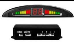 Sensor de estacionamento Universal 4 sensores e display Preto - Na Tela<br><br>