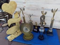 Coleção de troféus.