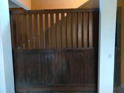 vende-se portao de madeira