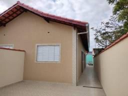 Título do anúncio: REF 1511 - Casa em Itanhaém com Piscina - Use seu FGTS!