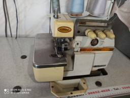Vendo máquina de costura conservada