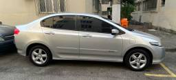 Vendo Honda City impecável e original