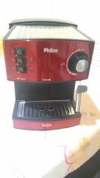 Cafeteira Philco pouco usada